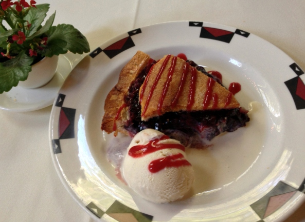 ahwahnee_boysenberry_pie